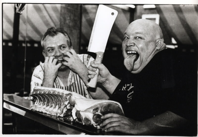 007BUSTER BLOODVESSEL MEETS CHRIS THE BUTCHER THERAPY SESSION05102006