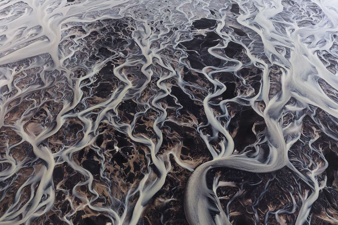Abstract of Glacial Rivers in Iceland
