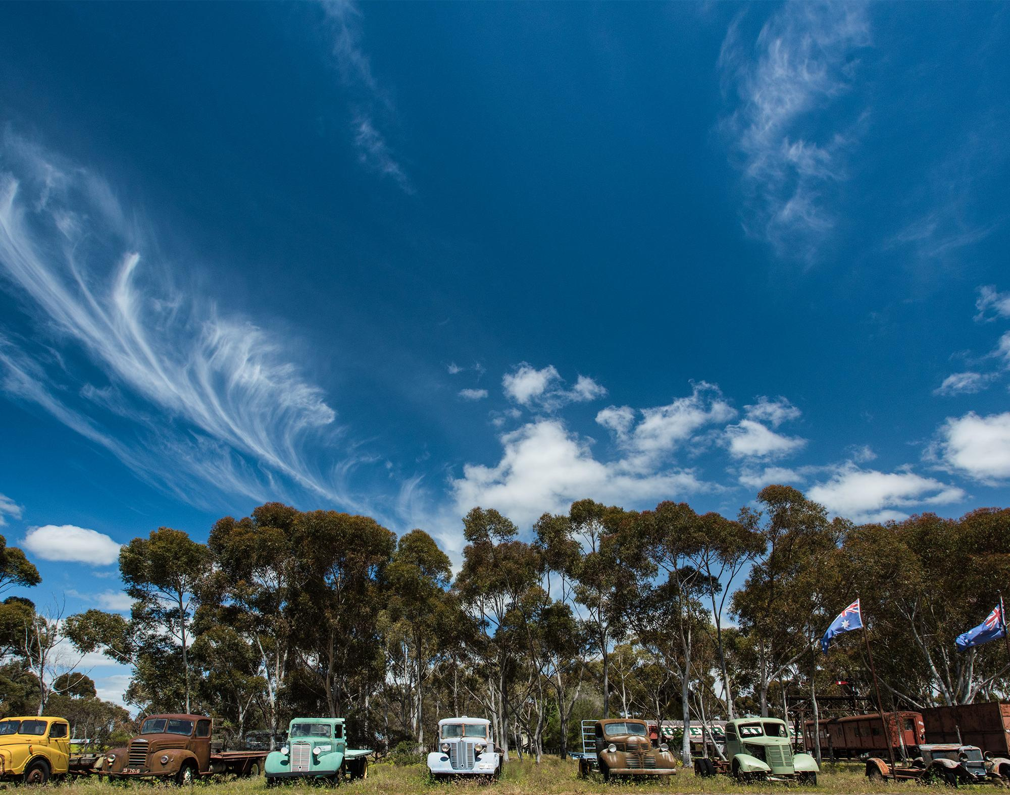 Old-Trucks-at-Tailem-Bend
