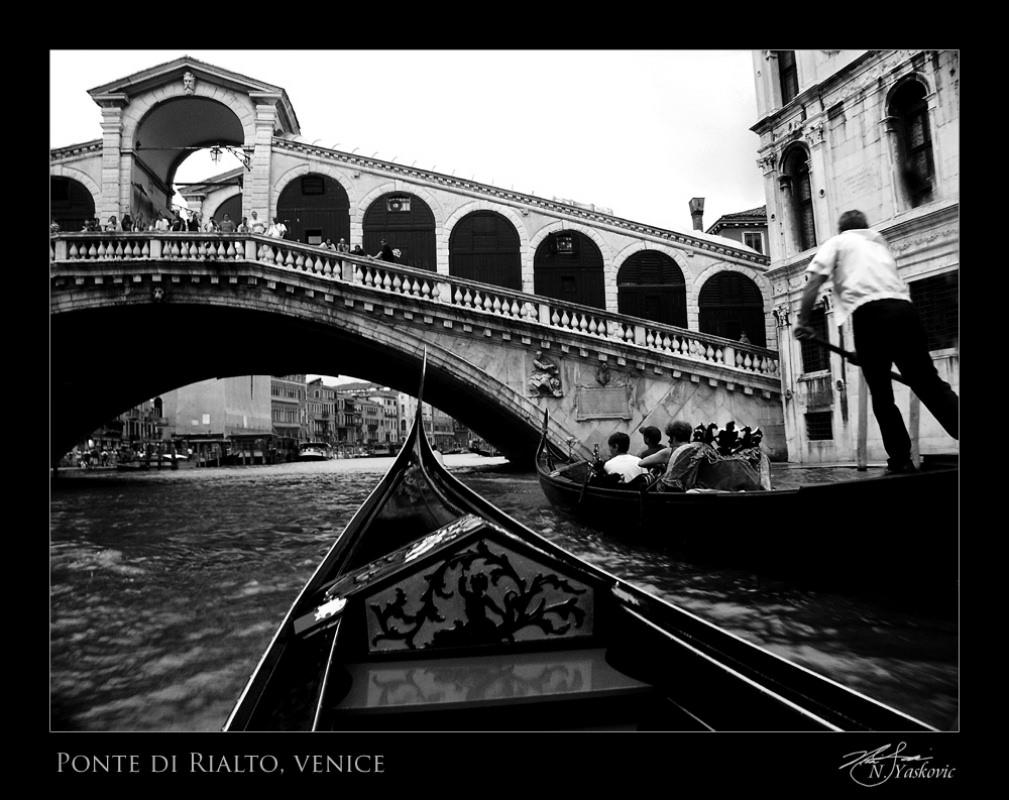 Ponte di Rialto (Rialto bridge),  Venice