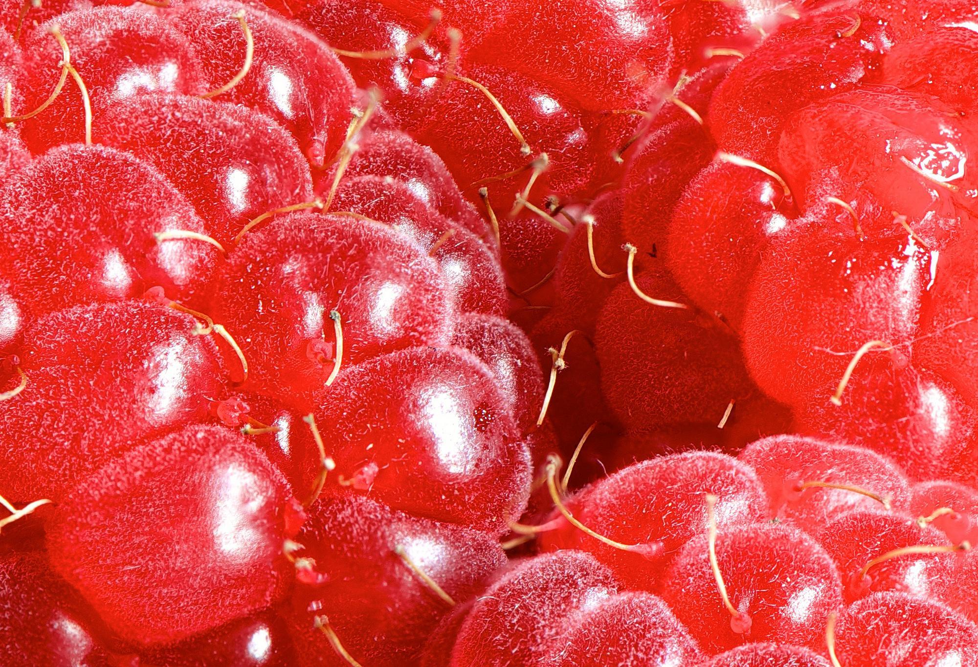 Raspberries (macro)