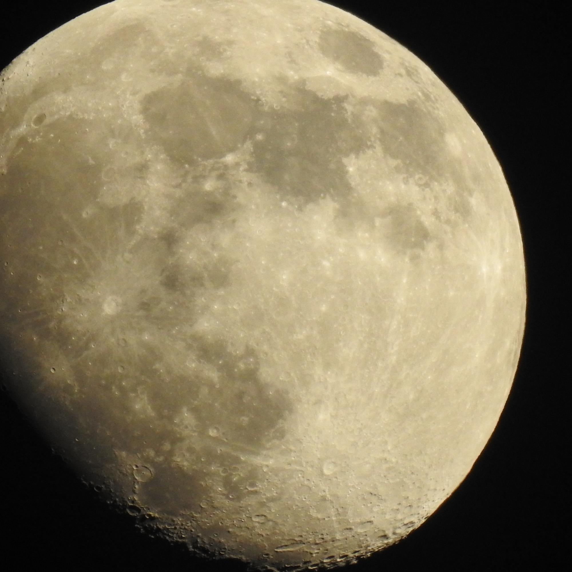 Moon shot over Michigan