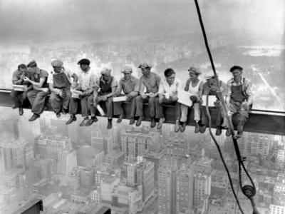 Lunch Atop a Skyscraper: The Story Behind ... image