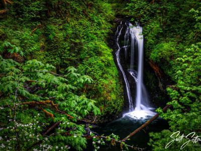 15 Incredible Oregon Waterfalls You Need ... image
