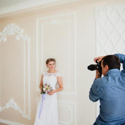 How to Make More Money as a Wedding Photographer