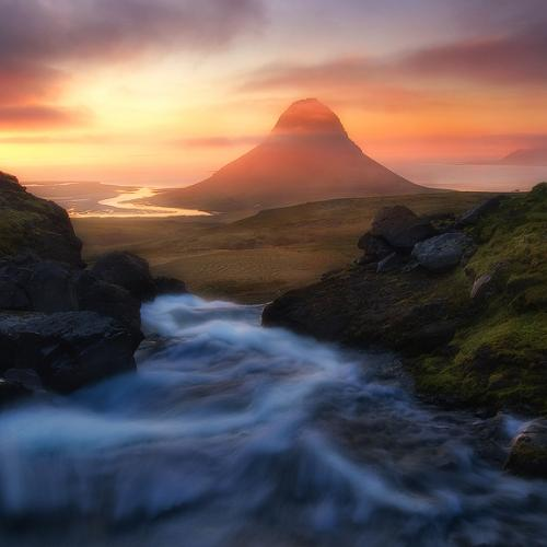 The Flow to Kirkjufell by trevorandersonphotography