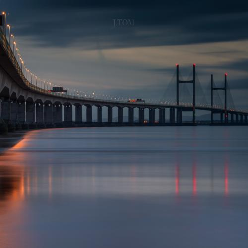 Second Severn Crossing Bridge at night.Second try ;) by J_Tom