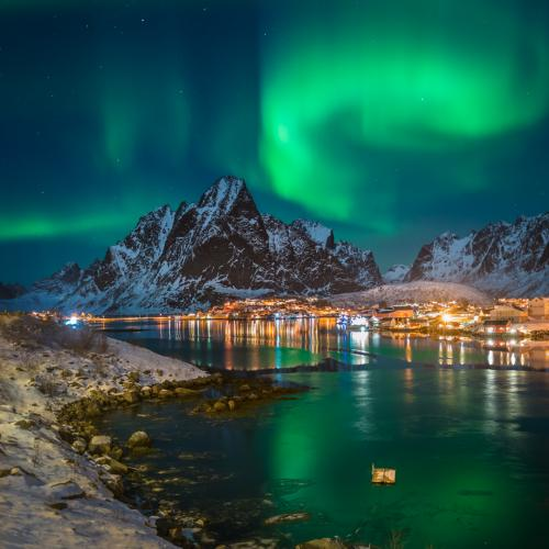 reine, Lofoten, Norway northern lights. lady aurora decided to entertain us with her fancy footsteps up in the sky. Ribbons  by DuMarc