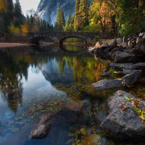 Yosemite National Park Reflections door Larry Marshall