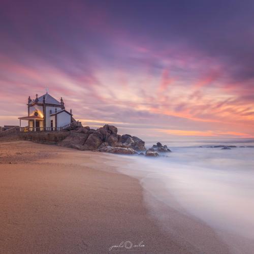 Miramar, Portugal by Paulo
