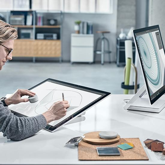 Photographers Have More Reasons to Ditch Apple and Explore the Microsoft Surface Lineup