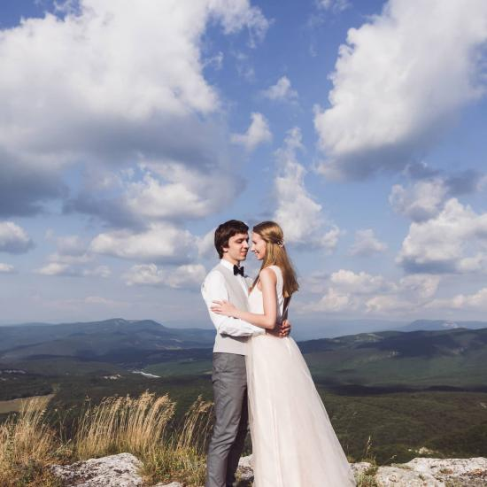 4 Ways Promote Your Wedding Photography Business in the Off-Season