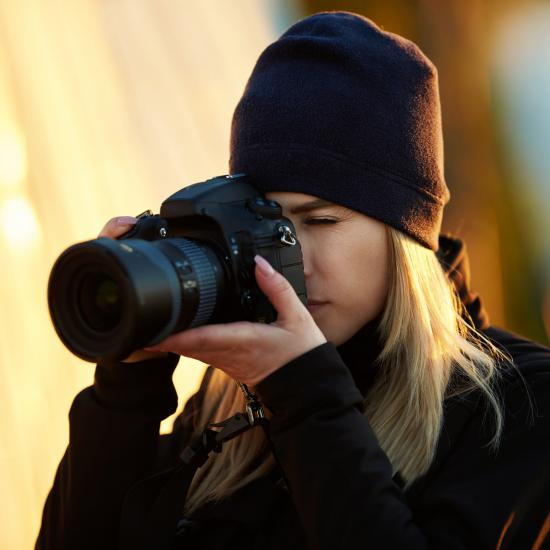 Photography Tip—How to Choose a Portrait Lens