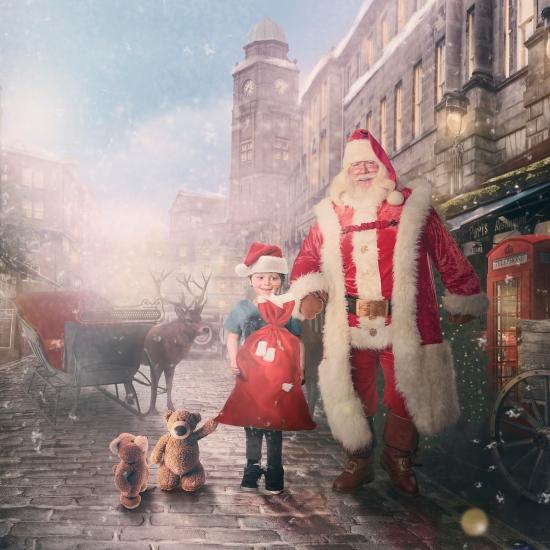Sick Children Pose for Magical Christmas Photos Thanks to This Famous Photographer