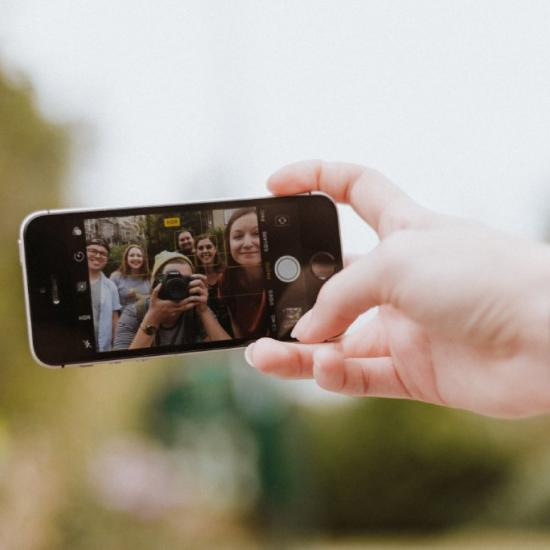 Researchers (Ironically) Believe Phones Could Save People From Selfie Deaths