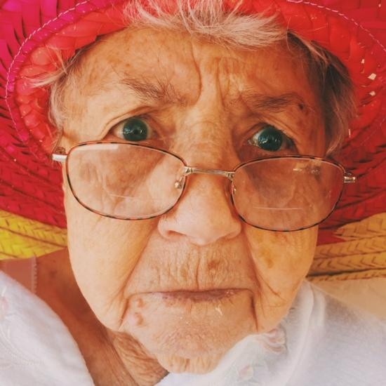 Wanna Get Your Grandma in the Selfie Game? This Selfie School Can Help