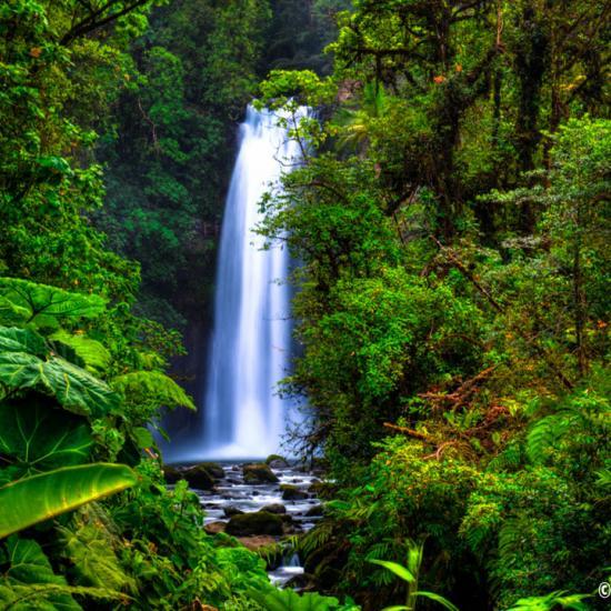 Top Waterfalls to Photograph Around the World