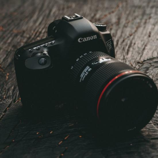 A Canon DSLR Just Got Hacked; Here's What We Know