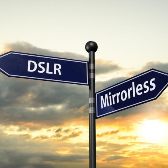 Mirrorless vs DSLR: Which is Best for You in 2020?