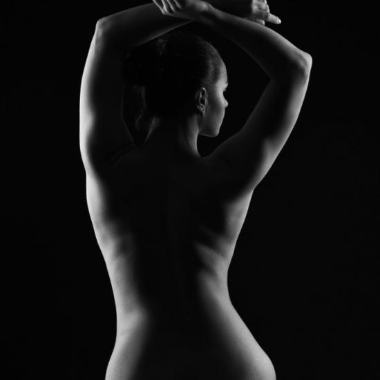 How Does Someone Get Started in Nude Photography as a Photographer?