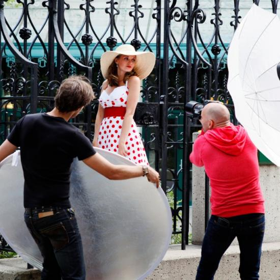 How to Use a Reflector for Portraits