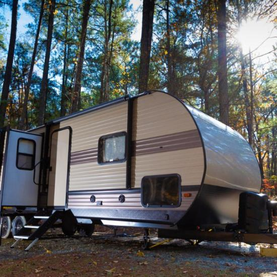 Advantages and Disadvantages of Renting Out Your Camper
