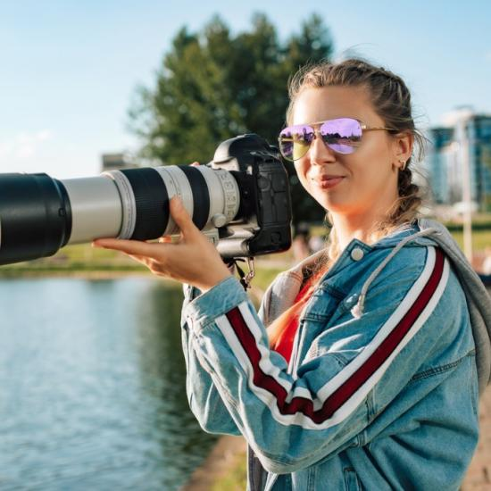 4 Benefits of Buying Used Lenses
