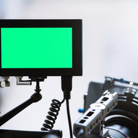 On-Camera vs Field Monitors: Which is Best For You?