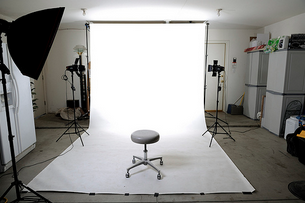 12 Tips To Create a Photographer's First Home Studio