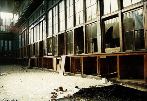 Photography Tip—The Shadowy World of Urban Exploration, Part 1