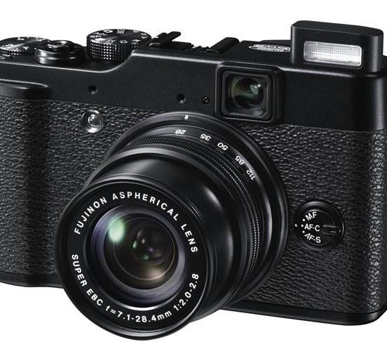 Digital Photography Equipment Review—The Fujifilm FinePix X10 Compact Camera