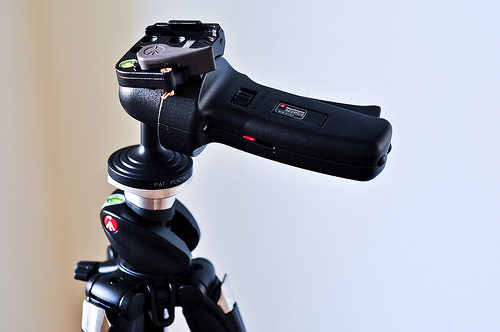 16 Reasons Space Aliens Want a Manfrotto 055XPROB Tripod