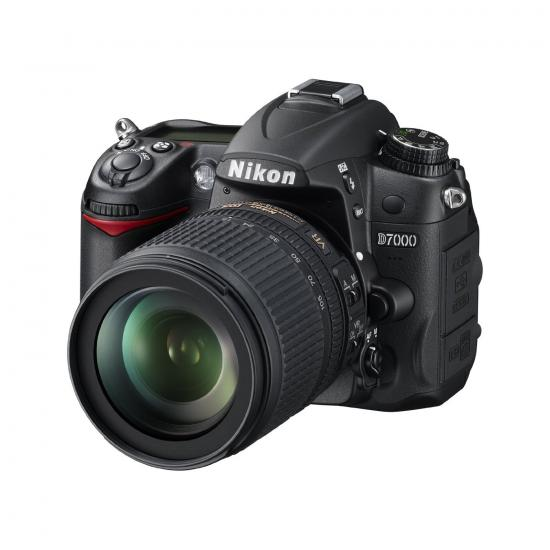 Digital Photography Equipment Review—Nikon D7000 DSLR Camera