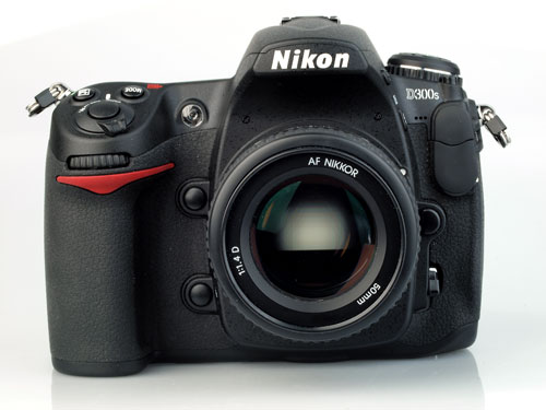 11 Fascinating Facts You Should Know About a Nikon D300s Camera