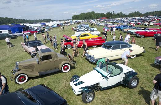 Photography Tip—11 Techniques To Shoot Better Pictures at an Outdoor Car Show, Part 2