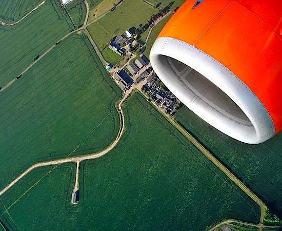 Photography Tip—How to Shoot Pictures from the Window of an Airplane