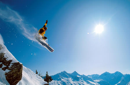 Photography TIp—How to Capture Exciting Skiing and Snowboarding Action, Part 1