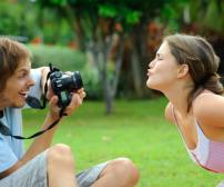 "41 Reasons ""to"" Date a Photographer image"