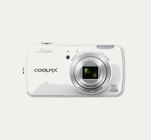 Nikon Coolpix S800C Compact Camera: Bridging the Gap with Android OS